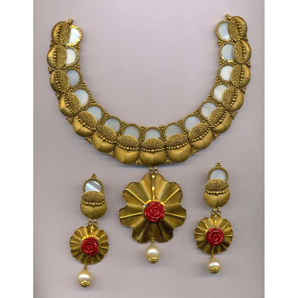 GOLD HALF SET ROUND ANTIQUE